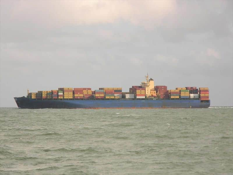 Container ship 1996 dwt 68363