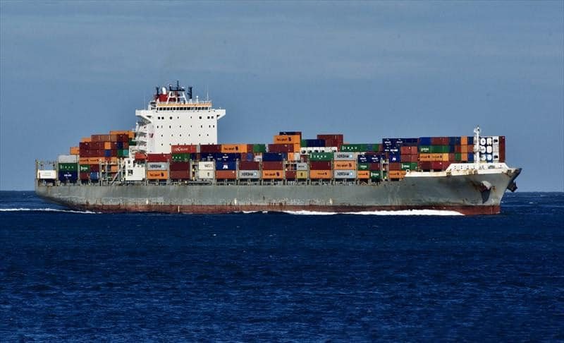 Container ship 2010 dwt 58200